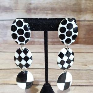 Vtg lucite black and white dangle clip earrings